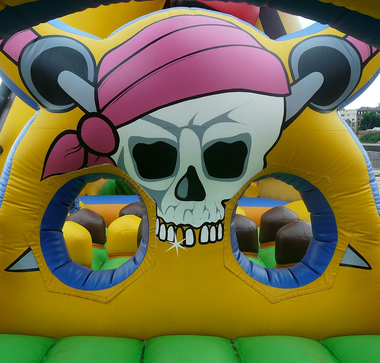 How to Hire the Right Bounce House Rental Company